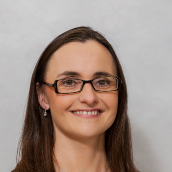 Dr Carmel McGorisk